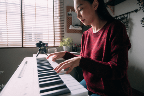 How to Practice Like a Pro and Become a Better Musician